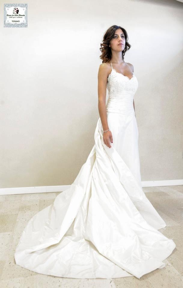 21295fdaa6c6 Outlet abiti da sposa e cerimonia L aquila - Come in Una Favola ...